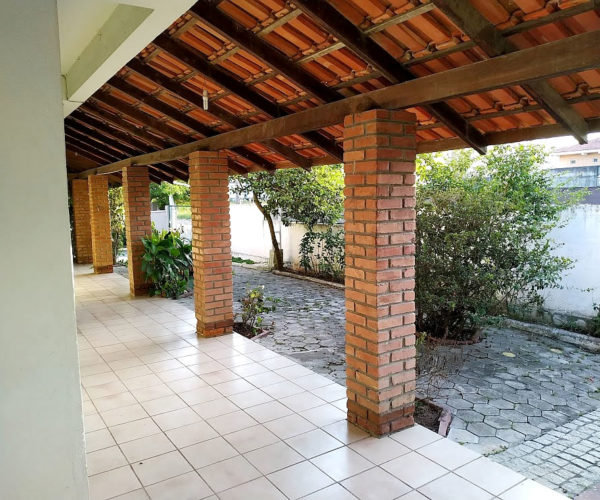 Residencial Praia de Bombas Aluguel Apartamentos em Bombas 7-12